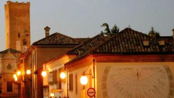 Barbaresco by night ..